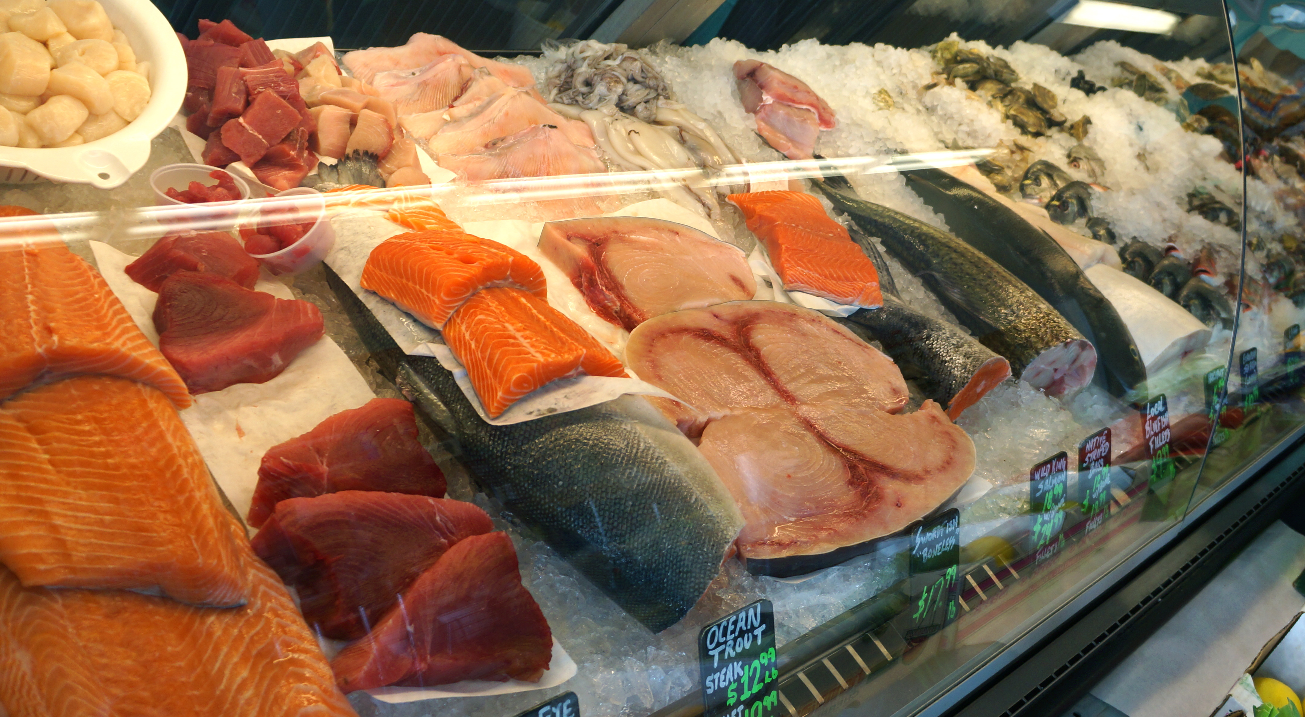 Sustainable aquaculture interview with fishmonger and for Fish and seafood