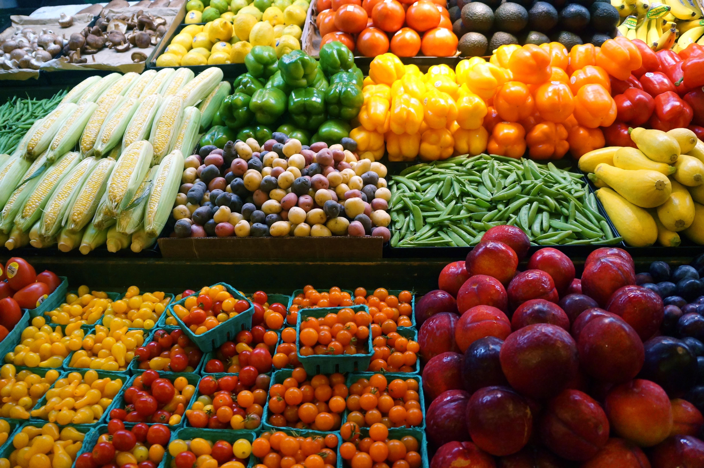 Tom Food Market Hours