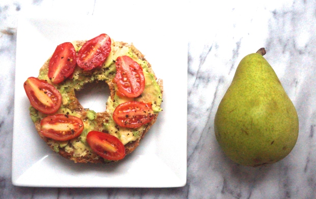 Half Whole Wheat Bagel with Avocado and Tomatoes, Pear on the Side