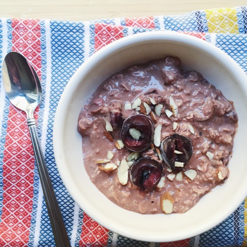 Chocolate Cherry Overnight Oatmeal