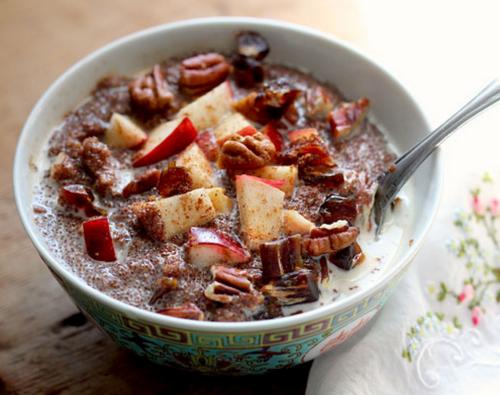 Teff Porridge with Apples, Dates and Pecans